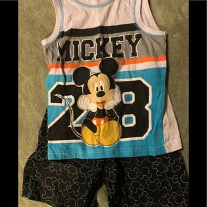 4t Mickey Mouse outfit